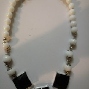 Necklace - Black & White